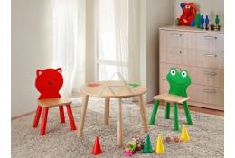 Детская мебель (стол и стулья)